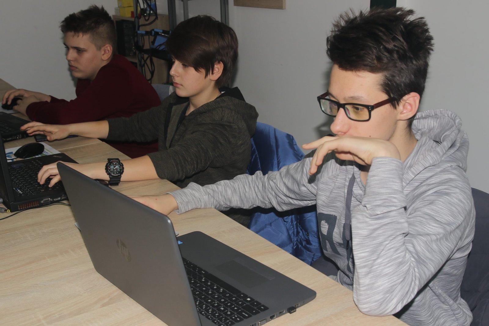 Dexters skola programiranja za decu, Novi Sad